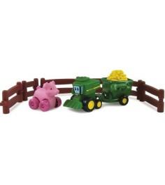 Набор TOMY игровой набор приключения трактора джонни и поросенка на ферме 37722-3